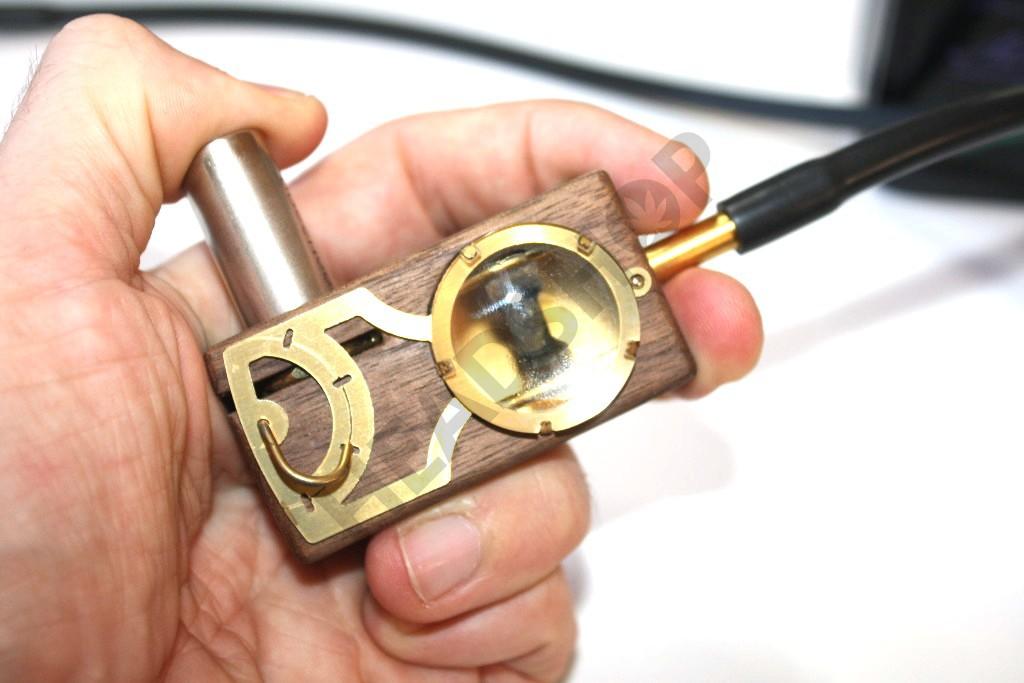 Le Muad'dib est un vaporisteur de BHO efficace et rapide à utiliser